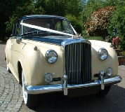 Proud Prince - Bentley S1 in Lambourn